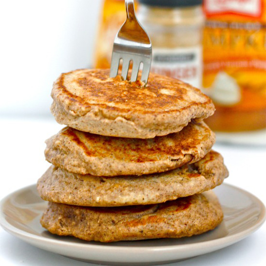 pumpkin_gingerbread_pancakes2