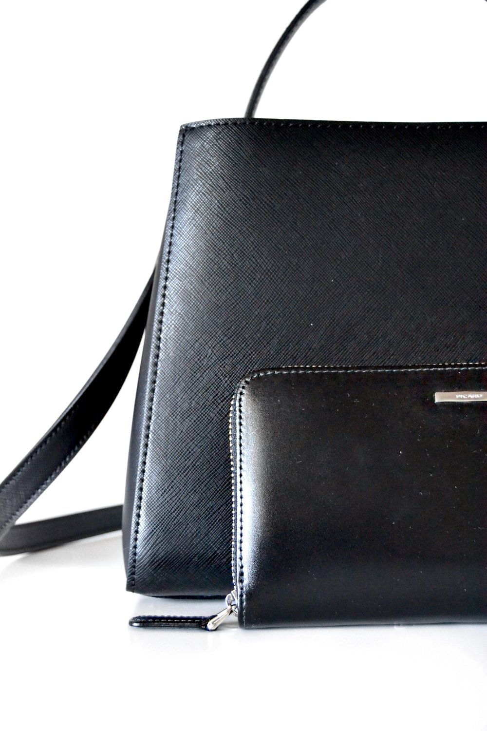 Wallet & Purse - I always like to have a kind of matching purse to my wallet, when it comes to color. Even though it makes it harder to find the wallet sometimes, it's just one of the things that make me happy and satisfied.