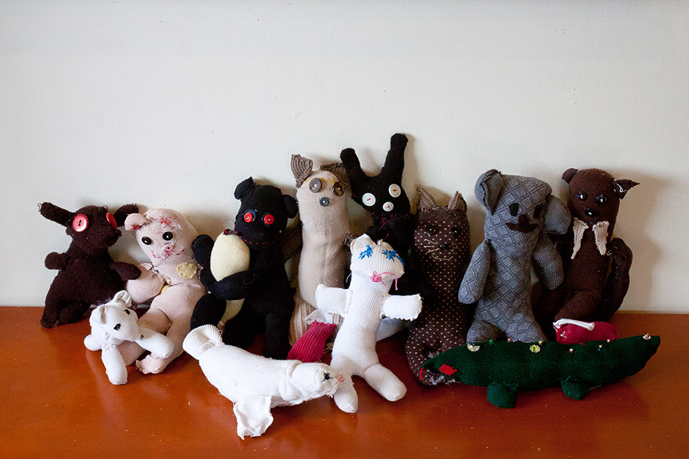 Lower grades sock animal sewing project. Students engage in handwork such as sewing, felting and weaving.