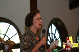 Cynthia Hendry announces October Flower Power Award Winner