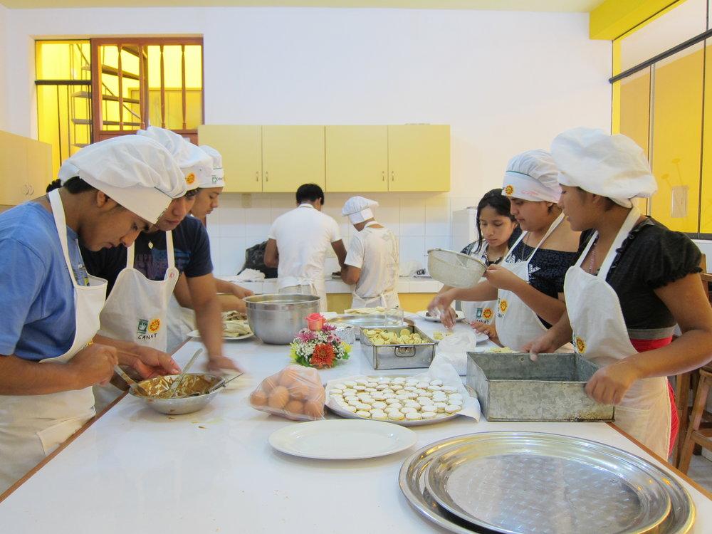 Formación Laboral para Adolescentes en riesgo de exclusión -