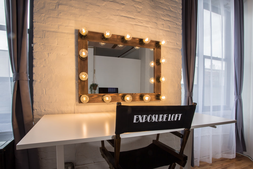 Make-up and Styling Station