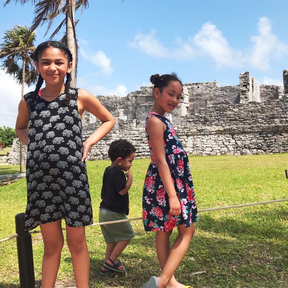family-blogger-travel-negra-bohemian-afro-latina-black-mom