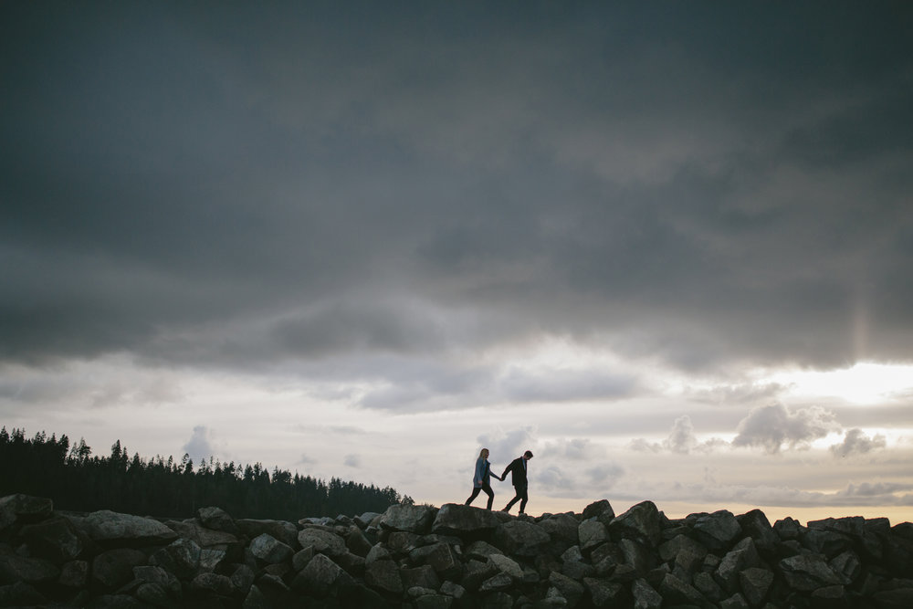 Ambleside-Engagement-Vancouver-1.jpg