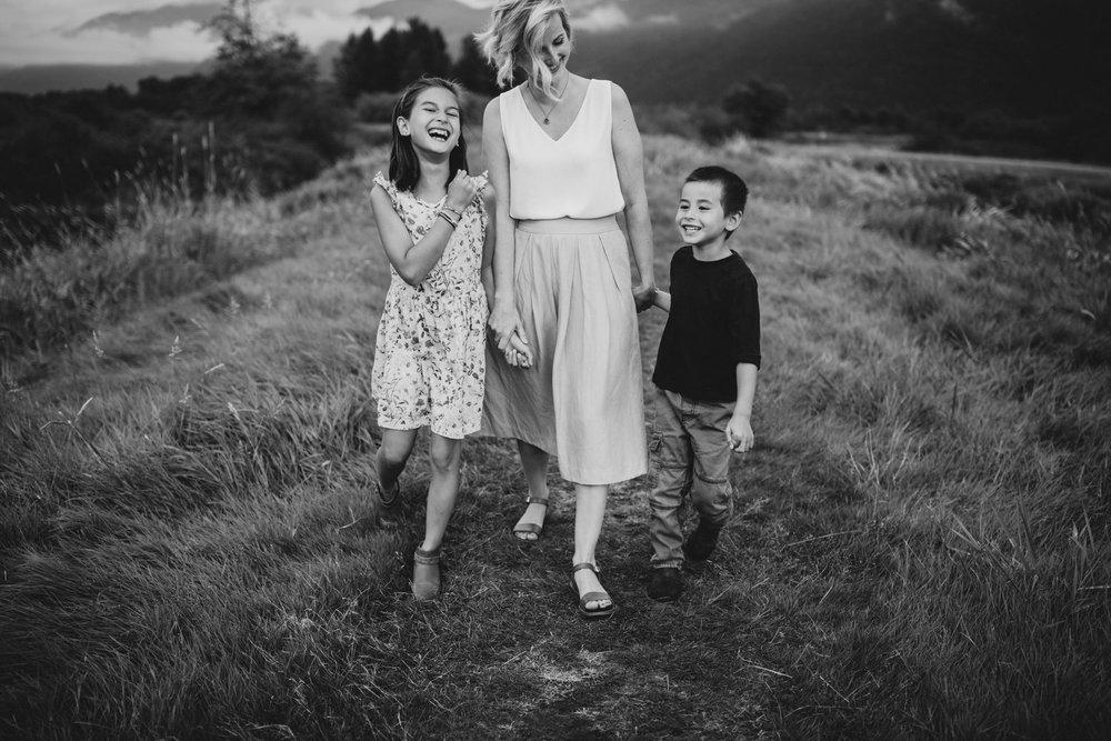 Buntzen-Lake-Family-Photos-Vancouver-2.jpg