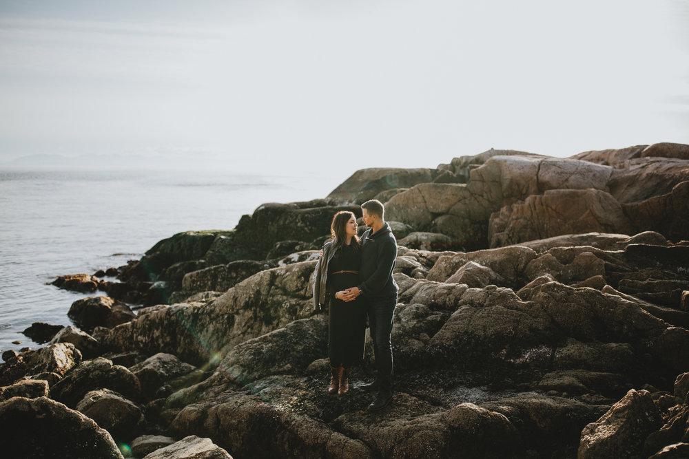 Lighthouse-Park-Maternity-Vancouver-Family-Photographer-1.jpg