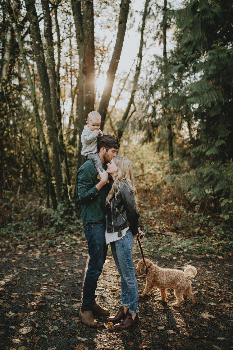 Park-Family-Photos-dog-Vancouver-2.jpg