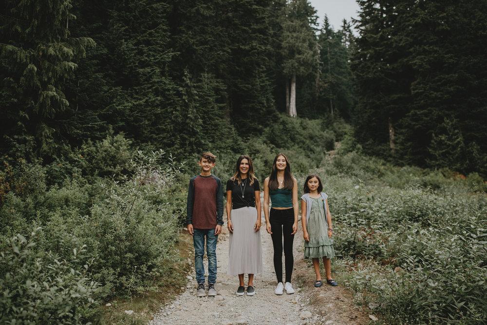 Seymour-Mountain-Family-Photos-Vancouver-1.jpg