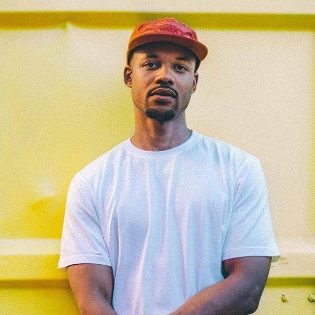 👐 On reçoit @beatsbyt9 au Mass Flow Show demain soir au @LeMellotron ☄️☄️☄️ Pour ceux qui ne le connaissent pas encore, le producteur et DJ alterne entre tracks originaux, remixes et productions pour d'autres artistes tels que Dinos, Loic Nottet, Luni, Hudson East, Jones Cruipy ou encore Duñe. Il affectionne particulièrement le Hip-Hop, la Trap, les Future Beats, la Baile Funk et l'Afro-Beat. A écouter par ici 👉 https://bit.ly/1Oa9y4E 📷 Flora Métayer #massflowshow #massflowcrew #twenty9