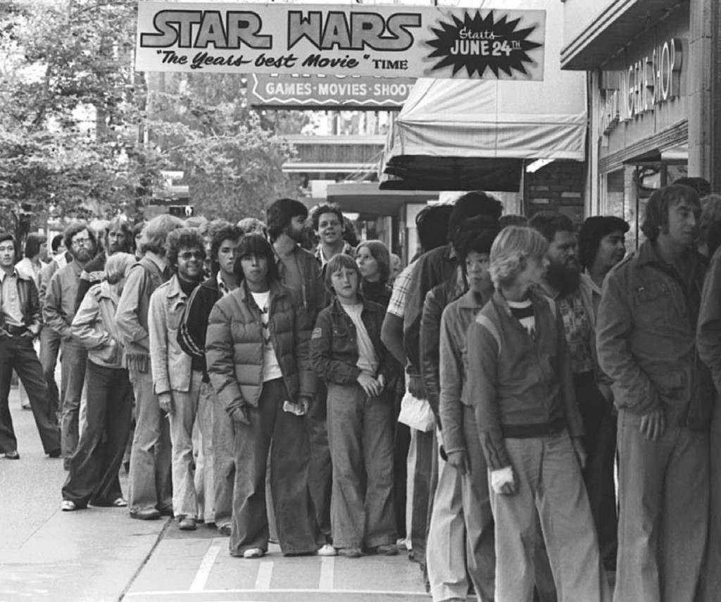 Star Wars Line Up -1977