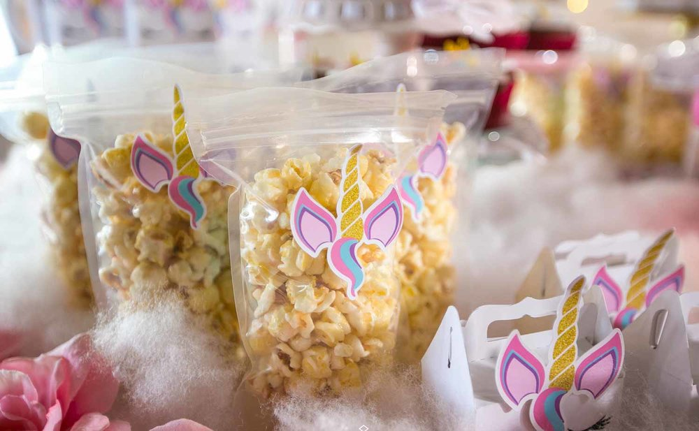 Treats - Popcorn, Cake Pops & More!