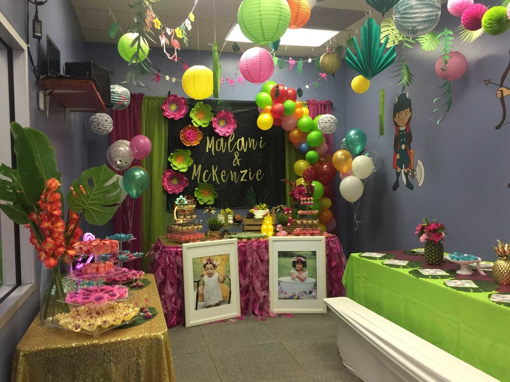 kids flamingo themed birthday party in orlando