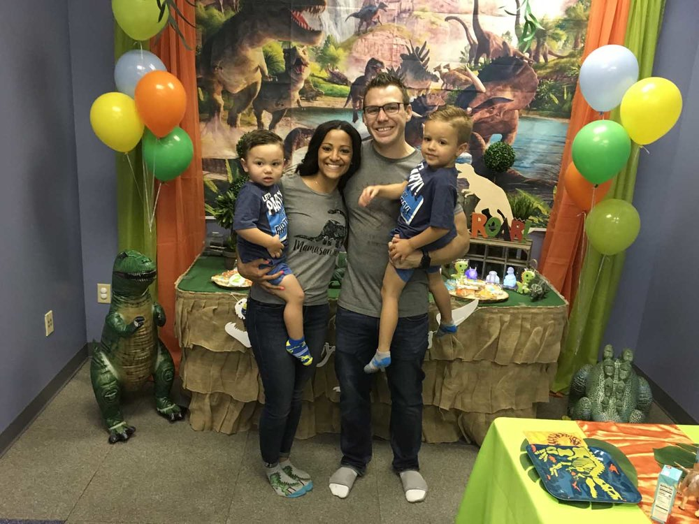 dinosaur-themed-kids-birthday-party.jpg