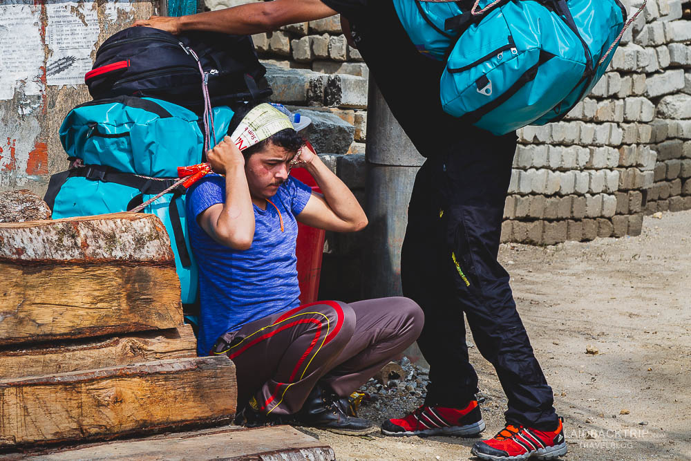annapurna circuit trekking   bahudanda   porters   besisahar to chame   part 1   collage 1   laidback trip