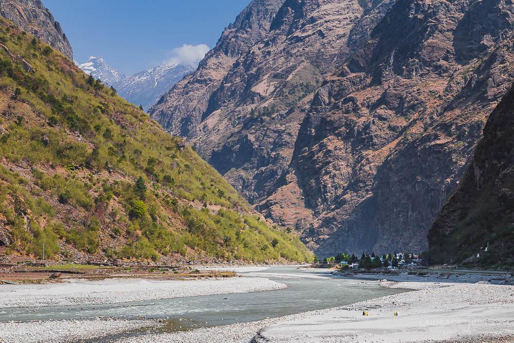 annapurna circuit trekking   tal   marshyangdi valley   marshyangdi river   besisahar to chame   part 1   collage 1   laidback trip