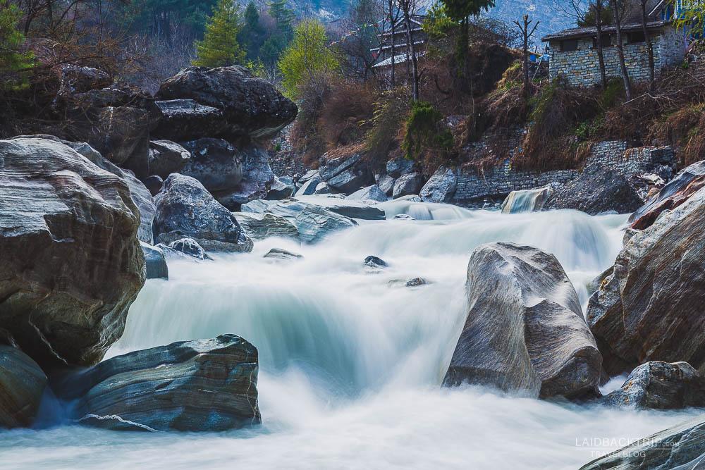 annapurna circuit trekking   marshyangdi river   chame   hot springs   besisahar to chame   part 1   laidback trip