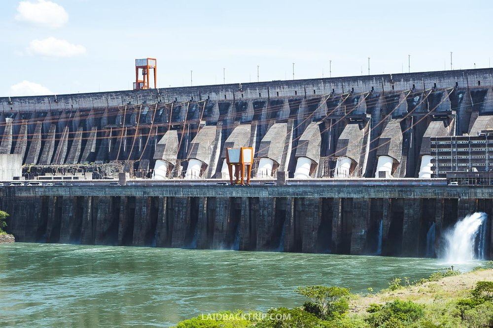 The only way to visit the Itaipu Dam is with the tour, which is for free.