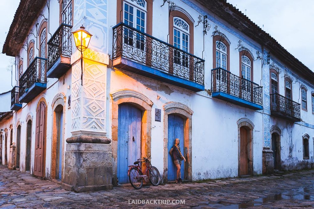 Walk through a colonial history of Paraty town with our in-depth guide.