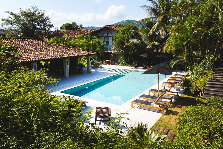 STAYING AT POUSADA LITERARIA IN PARATY, BRAZIL - In February 2019 we promoted a luxury hotel Pousada Literaria in Brazil. A perfect retreat while exploring Atlantic Forest and beutiful colonial town of Paraty.