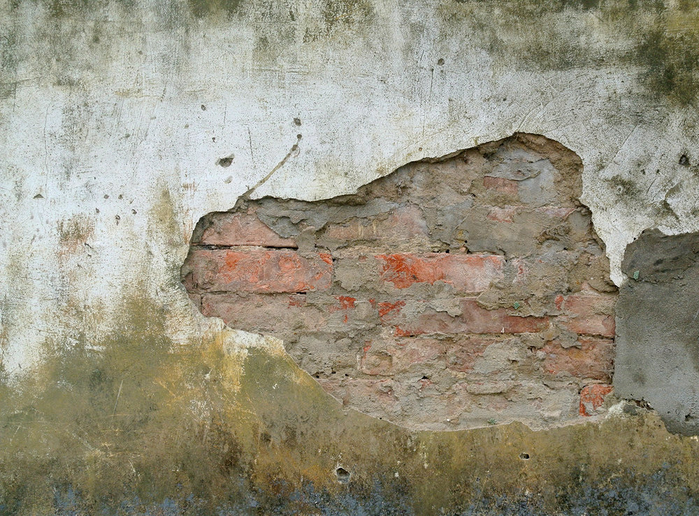 havana-wall-with-exposed-brick.jpg