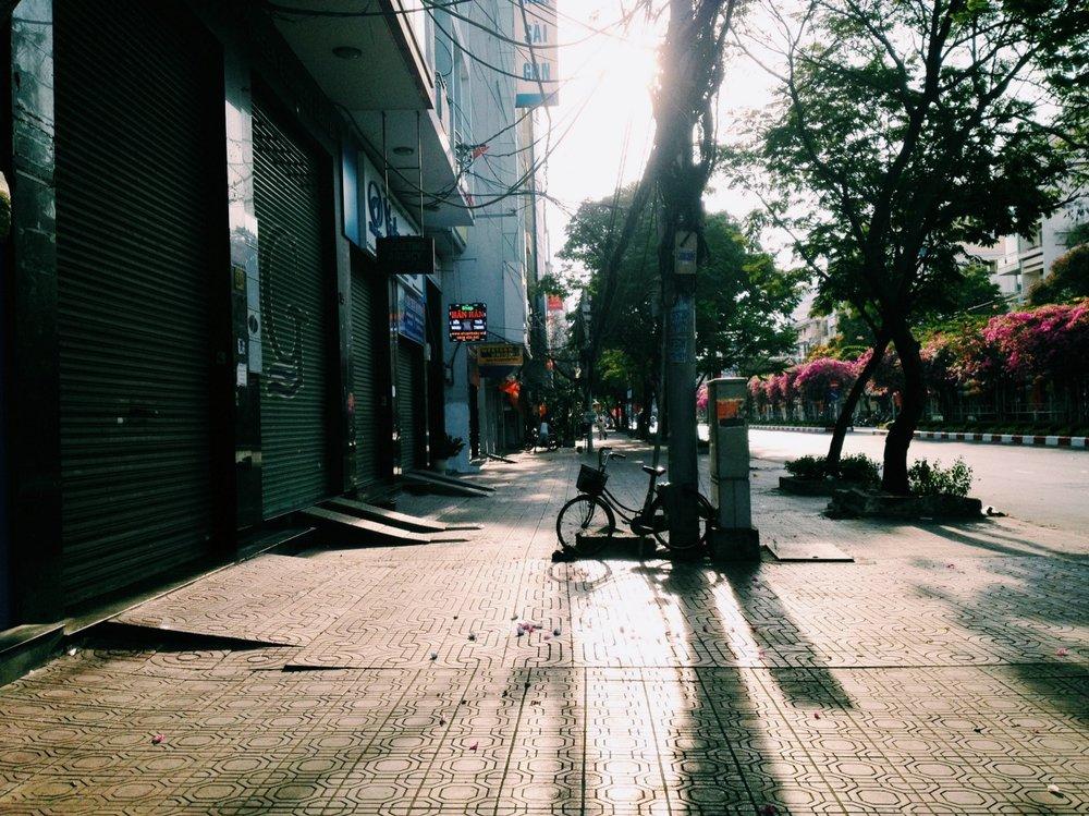 Đường Đoàn Văn Bơ, chiều 4h, Tết 3 năm trước trước khi đi lên Đà Lạt chơi đỡbuồn.