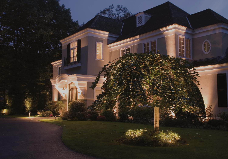 Rye, NY Landscape Lighting, Outdoor Lighting Company — Blue Hour
