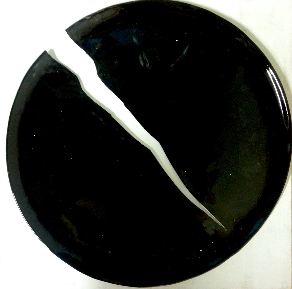 Plate_mari_paikkari_, size 38cm.jpg