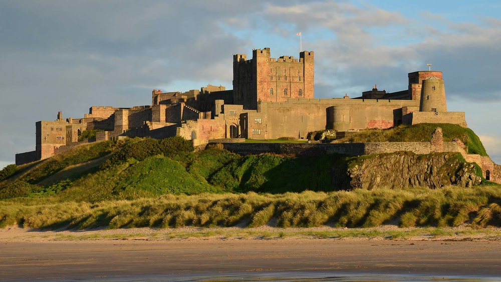 bamburgh_castle_england.jpg