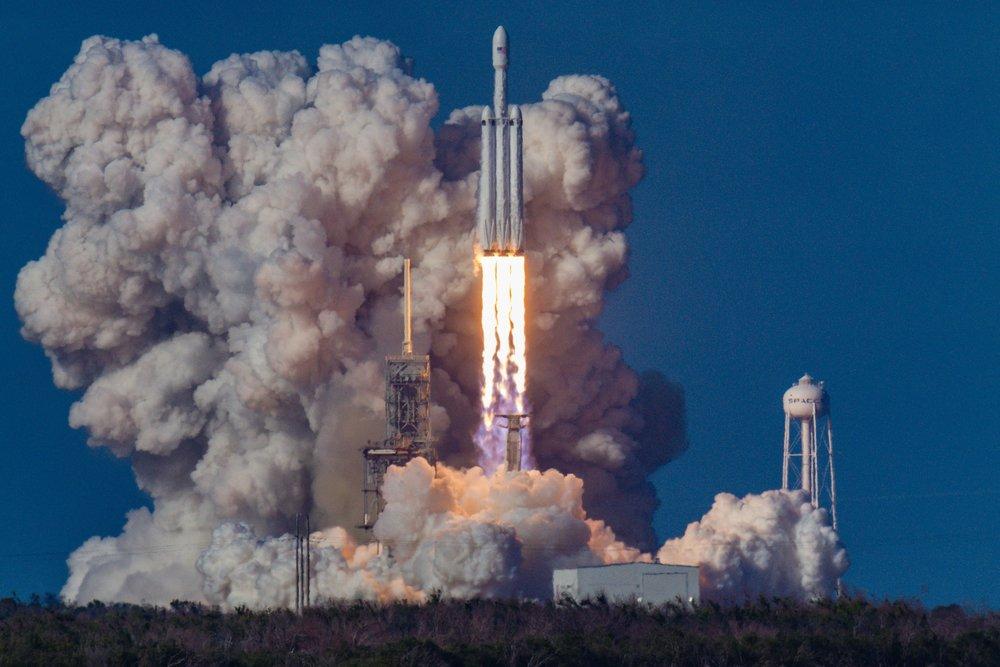 bill-jelen-555144-rocketlaunch.jpg