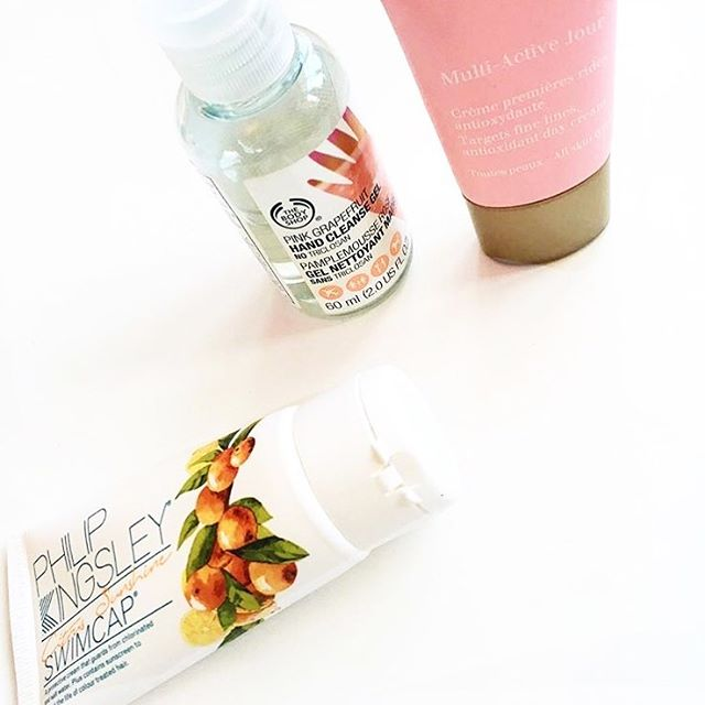 3 of my all time summer favourites! 🌟🍉 @clarinsuk multi active day cream @thebodyshop pink grapefruit hand gel and @philip_kingsley swim cap which I'll definitely be reaching for on my trip to Greece next month 🇬🇷☀️ #newblogpost #bloglife #asseenonme #picoftheday #brumbloggers #calledtobecreative #dowhatyoulove #exploretocreate #liveauthentic ##lifestylebloggers #dailyblogger #travel #theartofslowliving #exploremore #livethelittlethings  #flashesofdelight #nothingisordinary