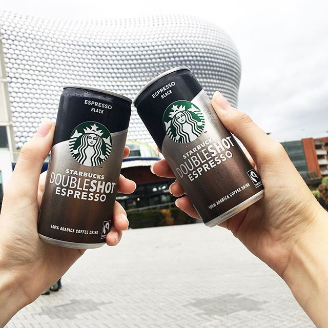 Throwing it back to yesterday, when I got the perfect pick-me-up at the @StarbucksUK Doubleshot pop-up in the Bullring 💚 It's on until this afternoon, so make sure you check it out before it is too late! #ad