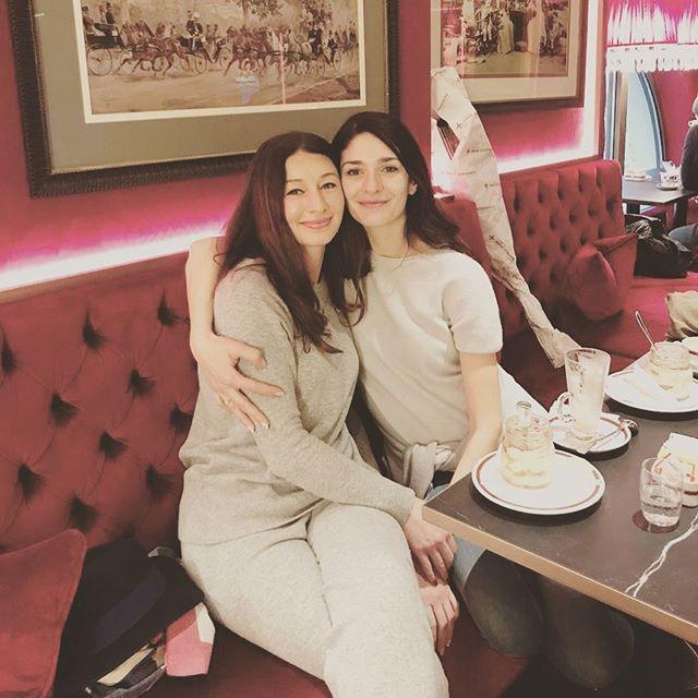 Meeting with this beauty #georgiangirls🇬🇪 #vienna #sacherhotel@
