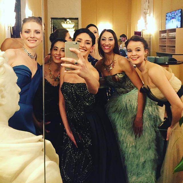Opernball 2018 #ketevanpapava #opernball2018 #girlsjustwannahavefun