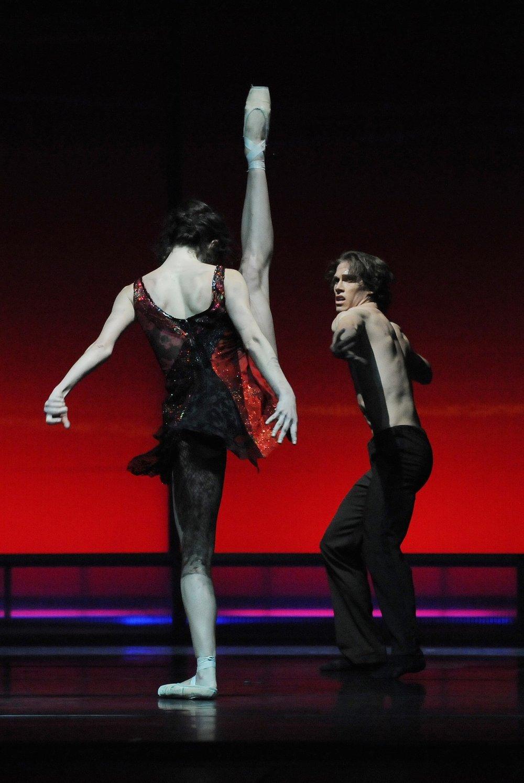 BallettCarmen_1.jpg
