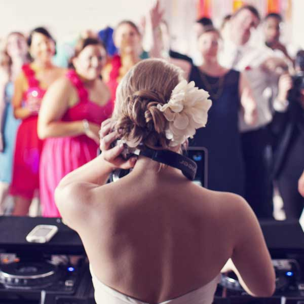 control-your-wedding.jpg