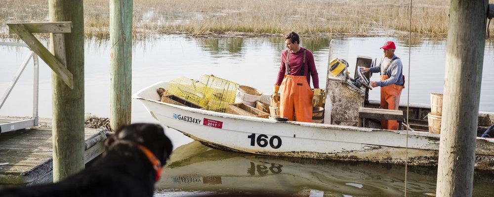 beau_kester_savannah_magazine_photographer_crab_lifestyle-21.jpg