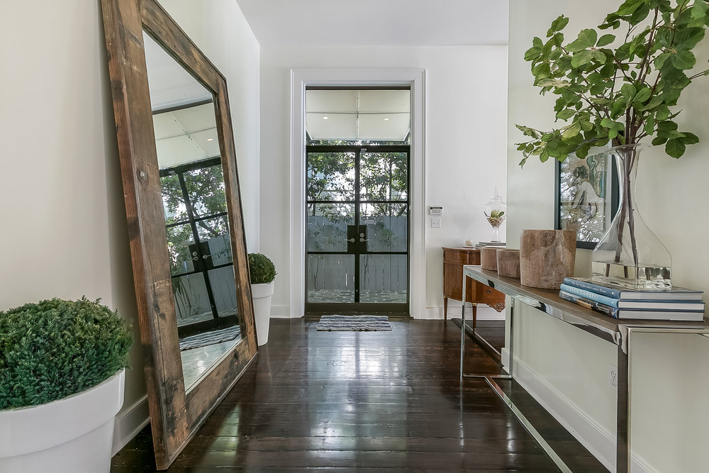 LUXURY VACATION RENTAL IN UPTOWN NEW ORLEANS