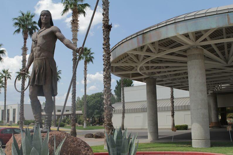 APACHE GOLD CASINO RESORT    SAN CARLOS, AZ  (Peridot)