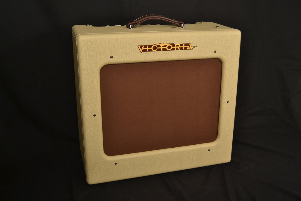 Victoria Regal    A combo amp featuring reverb and tremolo, The Regal is a pure, single-ended class A design that utilizes a new 'Adaptive Transformer Technology' that allows for the use of one or two power tubes at the same time.