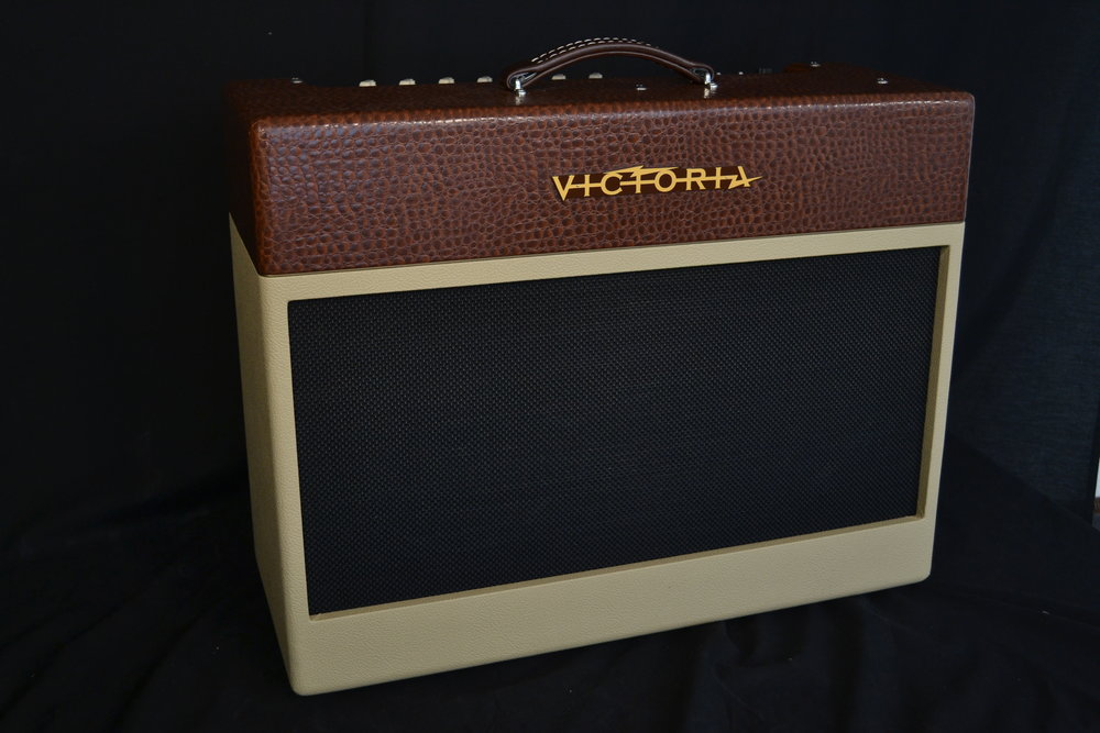Victoria Golden Melody   The Golden Melody is a full range 50 watt 2x12 combo featuring the same true 'harmonic vari-tone' vibrato and reverb found on Victoria's renowned Reverberato unit.