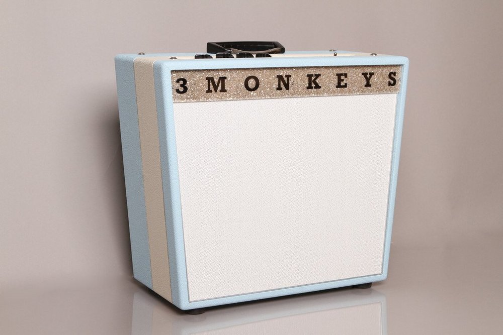3 Monkeys Sock Monkey   Same great Sock Monkey tone, now with 18W of output & a 12″ Celestion Greenback.