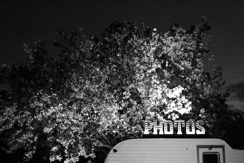 photos_blackwhite.jpg