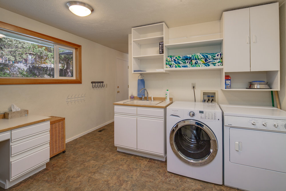 laundry room-store golf clubs too