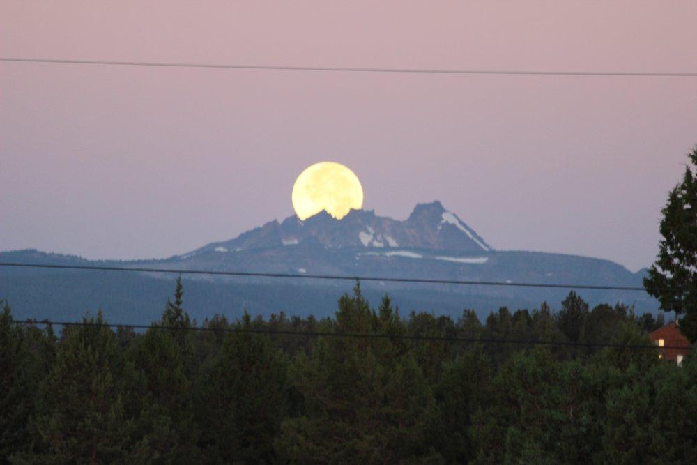 Full moon set behind Broken Top (view from front yard deck of Rocking CR copy 2.jpg