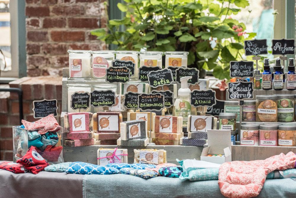 Everlastingtravelsbody&decor_organiccandles_organicbeautyproducts_organicsoap_homemade_localbusiness.jpg