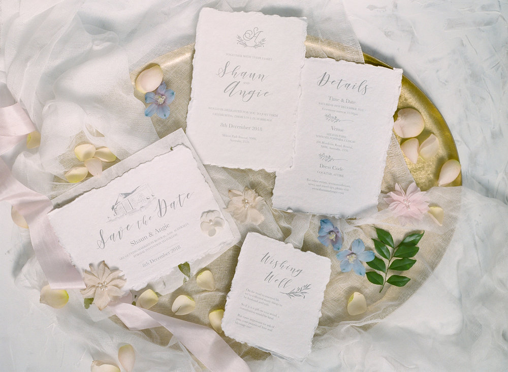 Classic-White-wedding-invitation.jpg