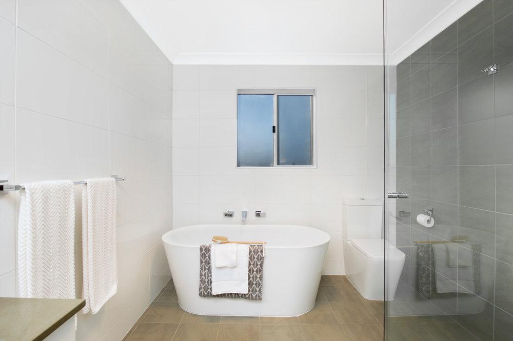 Kiama Shellharbour Gerringong Berry Wollongong South Coast Illawarra Commercial Photographer Property Photograher architectural photographer - bathroom