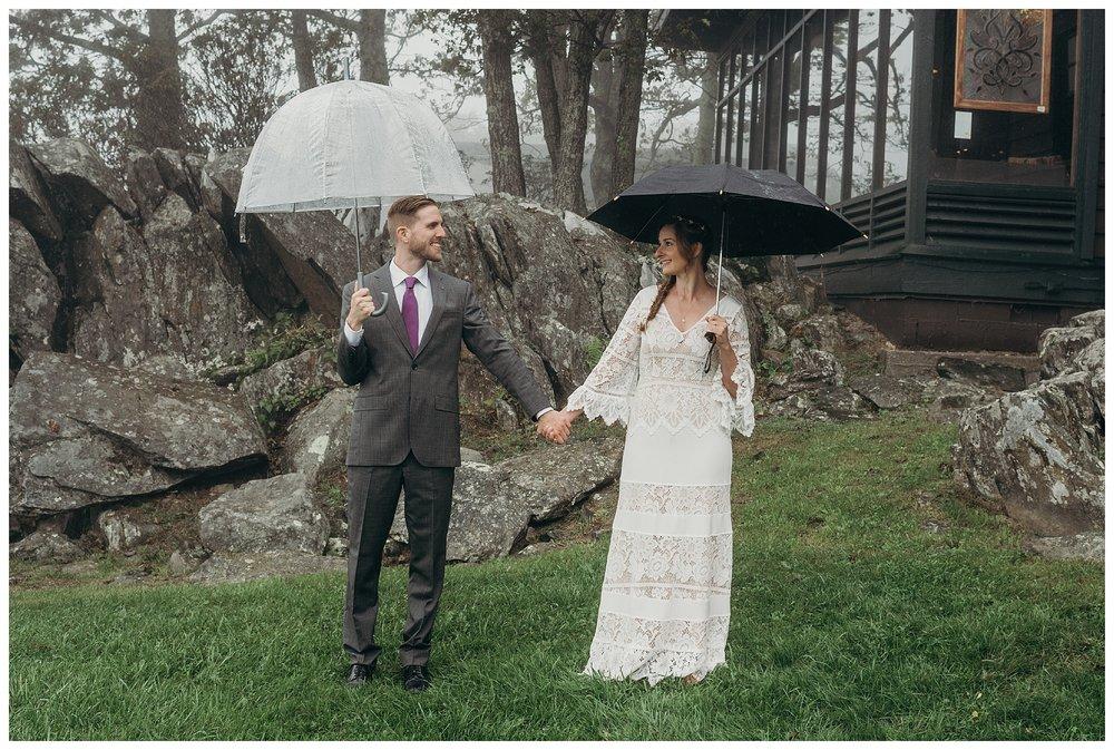 DC-VIRGINIA-WEDDING-PHOTOGRAPHER-SHENANDOAH-NATIONAL-PARK-SKYLAND-ELOPEMENT_0014.jpg