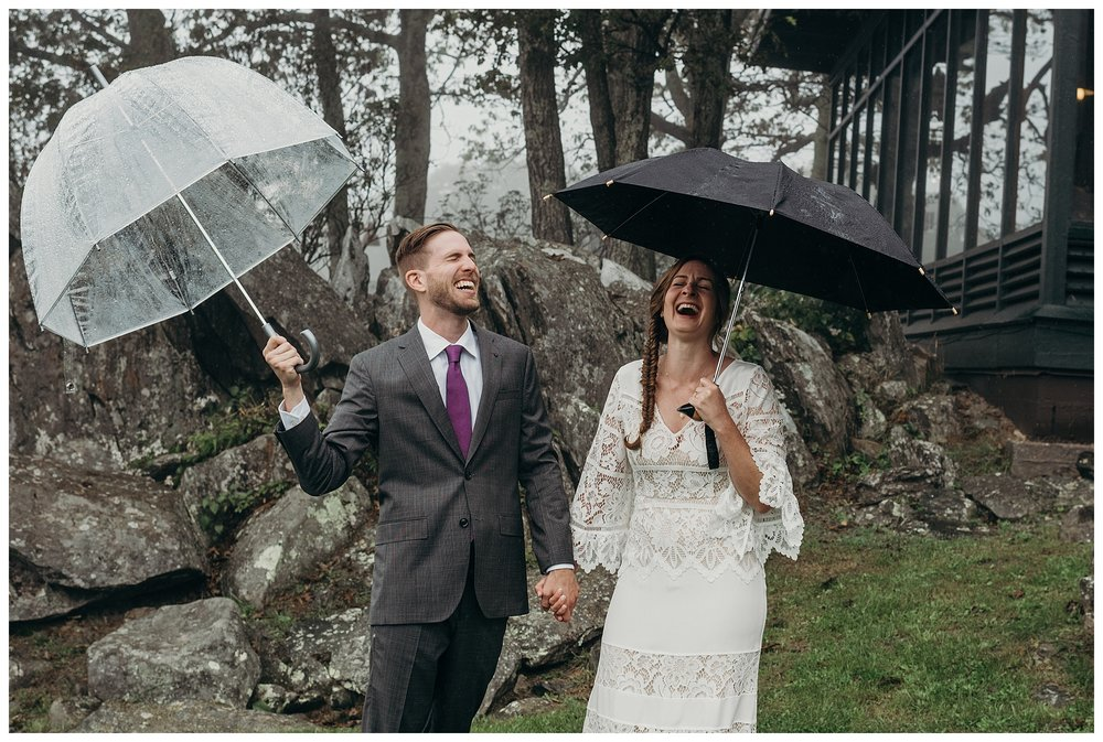 DC-VIRGINIA-WEDDING-PHOTOGRAPHER-SHENANDOAH-NATIONAL-PARK-SKYLAND-ELOPEMENT_0018.jpg