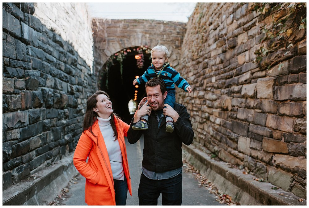 DC-VIRGINIA-FAMILY-PHOTOGRAPHER-CANDID-NATURAL-LIFESTYLE-MEGAN-GRAHAM-PHOTOGRAPHY-ALEXANDRIA-WILKES-TUNNEL_0132.jpg